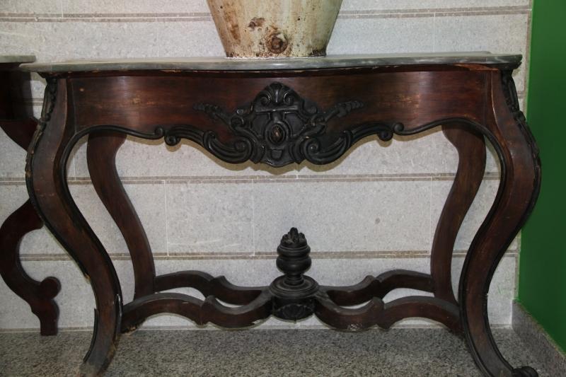 Dettagli galleria console napoletana luigi filippo for Valutazione antiquariato
